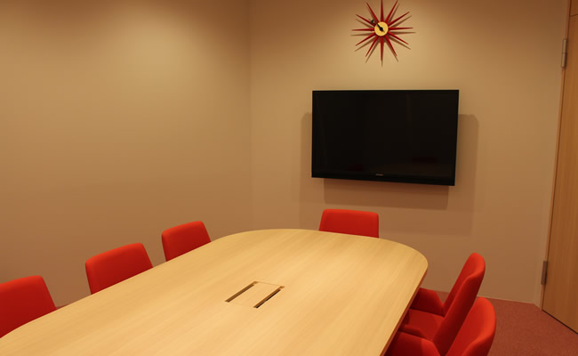 赤い会議室②